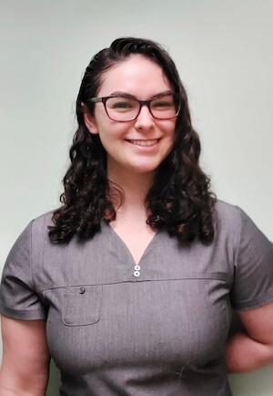 Sydney Katz, Veterinary Assistant